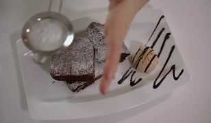Wilgotne i mocno czekoladowe brownie. Podaj do kawy