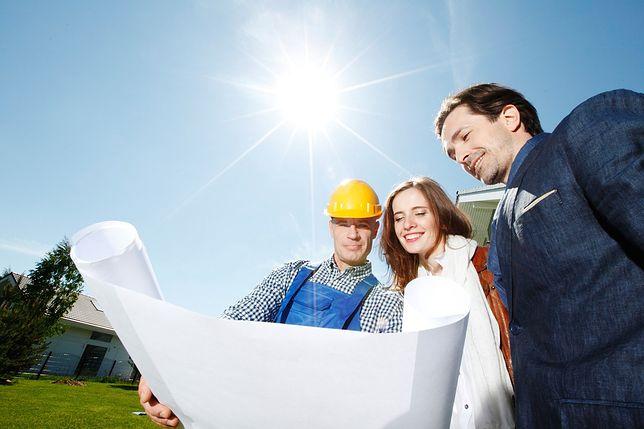 Jak wybrać odpowiednią działkę pod projekt nowoczesnego domu?