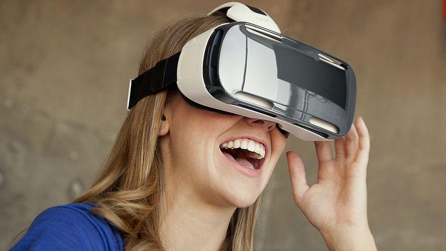 IFA: Oculus Rift i Samsung pokazują okulary Gear VR, chcą przekonać do Galaxy Note 4