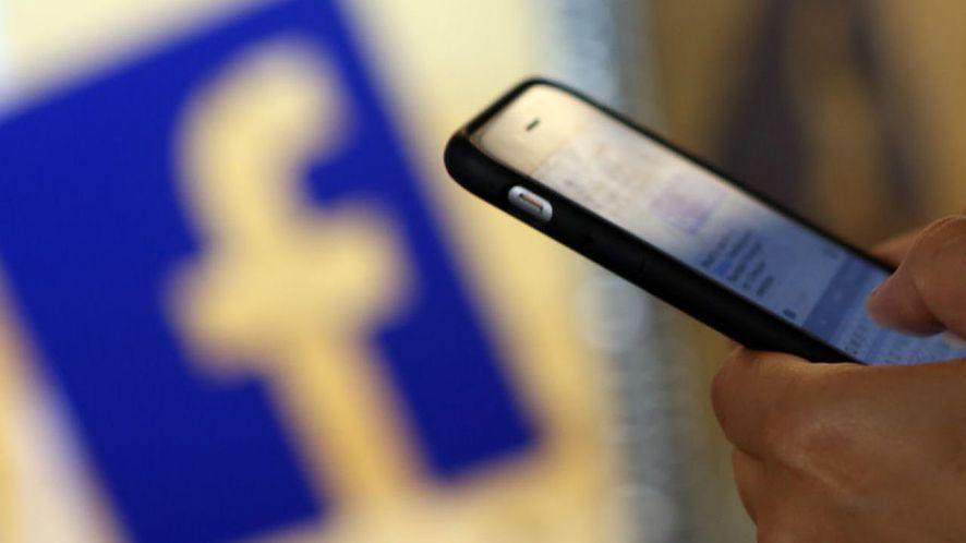 Facebook ponownie kopiuje Snapchata, tym razem padło na zdjęcia z maskami