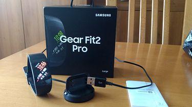 """""""Pora spalić nieco tłuszczu"""" vs nowa smart-opaska. Samsung Gear Fit2 Pro w praktyce!"""