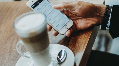 Nie wiedzą jaki mają smartfon i chwalą 5G, choć jest niedostępne. Ciekawe wyniki badania z USA