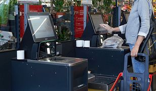 Oszustwo w kasie samoobsługowej. 20-latka złapana na gorącym uczynku