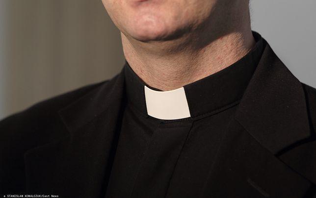 Ksiądz pedofil w areszcie. Skrzywdził ministranta podczas kościelnej kary