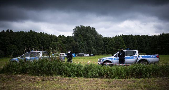 Usnarz Górny. Policja zakłóca próby komunikowania się z uchodźcami?