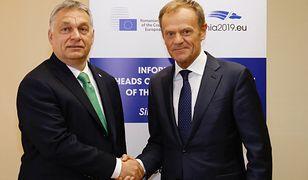 Bruksela. Wiktor Orban oraz Donald Tusk (zdj. arch.)
