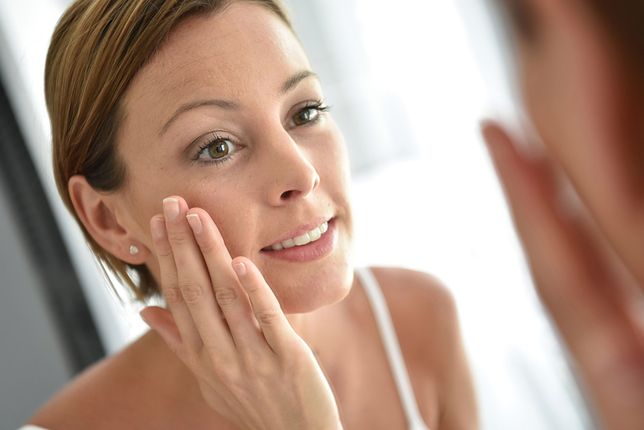 Marzysz o pozbawionej zmarszczek skórze? Postaw na pielęgnację anti aging!