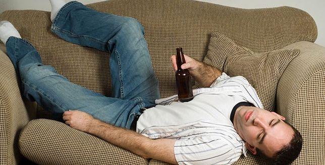 Czy po alkoholu śpi się lepiej?