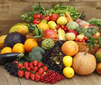 Owoce i warzywa pomagają w oczyszczeniu organizmu z toksyn.