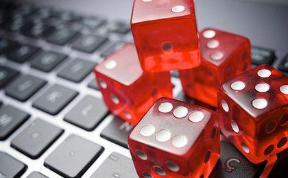 Ustawa hazardowa nie zmusza do rejestracji prywatnych komputerów, smartfonów czy tabletów