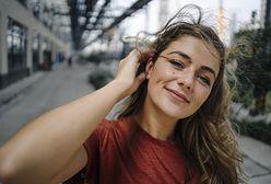 Serum pod makijaż. Jak wybrać najlepszy produkt dla siebie? Miniprzewodnik zakupowy