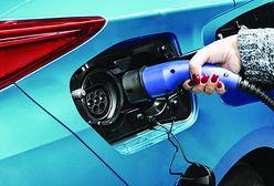 Unia Europejska stawia na hybrydy i samochody elektryczne. Głosowanie na początku października