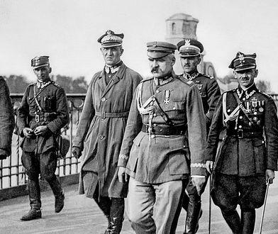 Piłsudski wpadł w panikę, nie wiedział co robić. W efekcie zginęło 400 Polaków