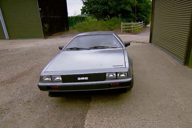 """""""Fani czterech kółek"""" sprowadzili kultowego DeLoreana. Na jego naprawie można sporo zarobić"""