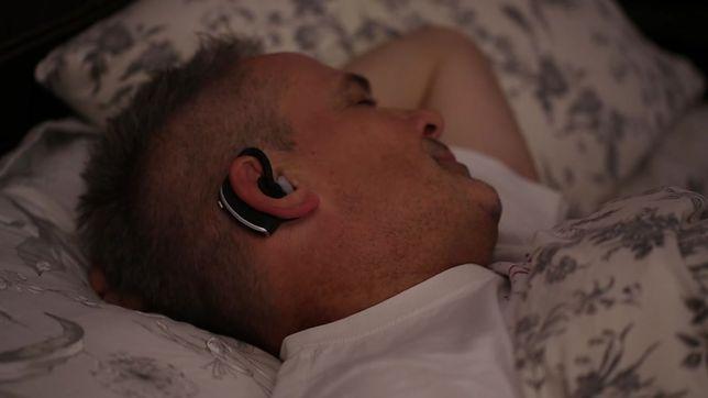 Kładziesz się wcześnie do łóżka, a rano jesteś jak zombie? Nowoczesne technologie przychodzą z pomocą