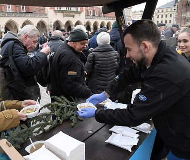 Kraków. Wigilia dla bezdomnych i potrzebujących. Przedstawiciela kurii brak
