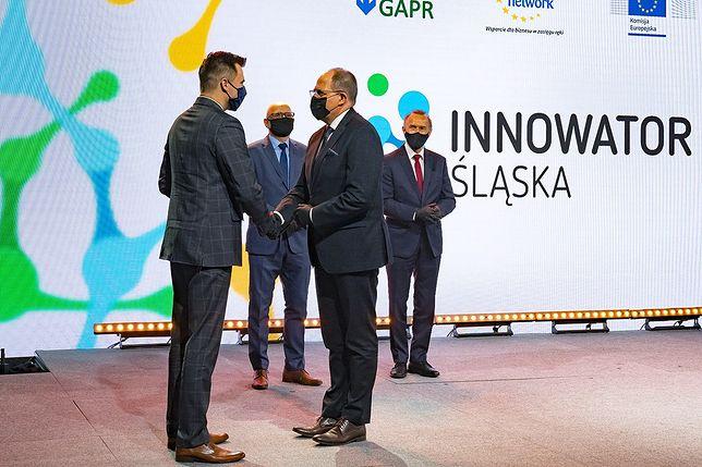 """Podczas gali """"Innowator Śląska 2020"""" nagrodzono najbardziej innowacyjne podmioty z regionu."""