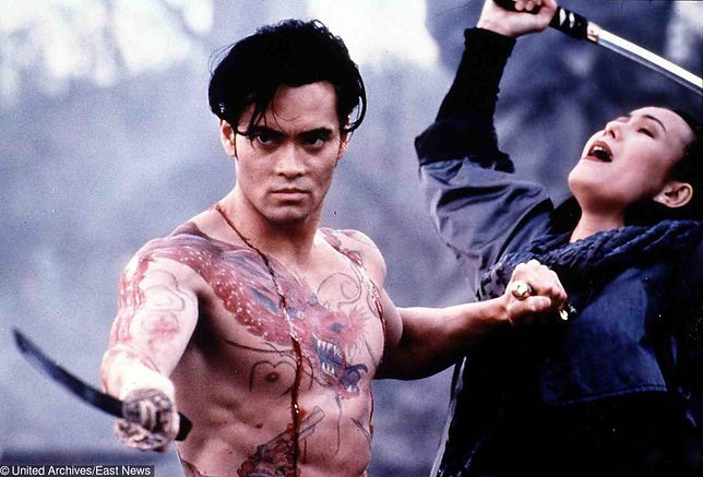 "Mark Dacascos w filmie ""Crying Freeman"" z 1995 r."