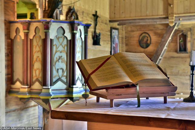 Kujawsko-pomorskie. Uszkodził siekierą ołtarz w kościele w Rypinie