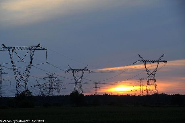 Linia jest wspólnie eksploatowana przez państwowego dostawcę energii i prywatną firmę