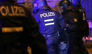 Dziesiątki rannych policjantów w starciach z antyglobalistami