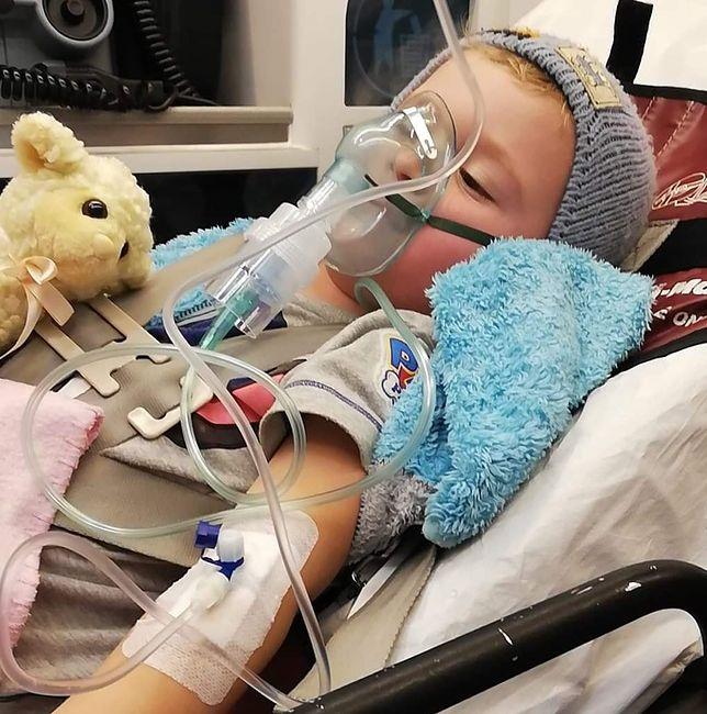 Chłopiec miał 40 stopni gorączki i wielokrotnie tracił przytomność.