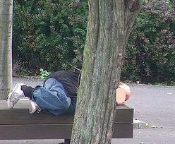 Poznań. Mężczyzna spał na ławce. Nie wiedział, że szuka go rodzina