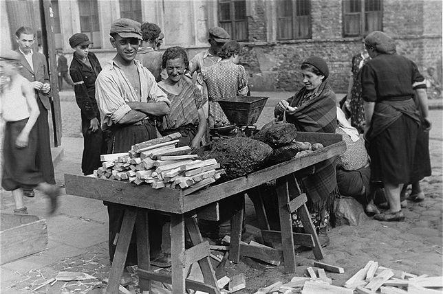 Getto w Warszawie latem 1941 roku [niezwykłe zdjęcia]