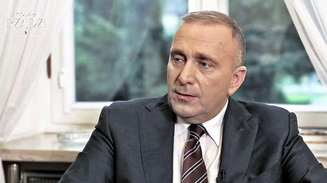 PO obiecało przywrócić emerytury funkcjonariuszom PRL