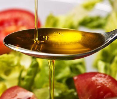 Oliwę po otwarciu trzeba spożyć w stosunkowo krótkim czasie.