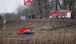 Gorzów Wielkopolski. Samochód wpadł do Warty. W środku znaleziono zwłoki