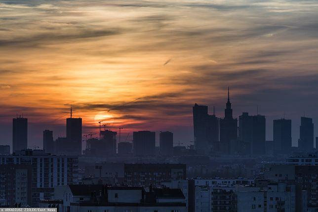 Warszawa. Smog w stolicy w piątek 3 stycznia 2020 r.