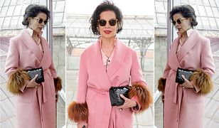 LOOK OF THE DAY: Bianca Jagger cała w różu Prady