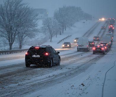 Pogoda na poniedziałek. Uwaga na śnieżyce. IMGW wydał ostrzeżenia