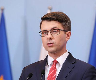Piotr Mueller o warszawiakach: nie oglądają pewnych mediów, nie czytają wszystkich gazet
