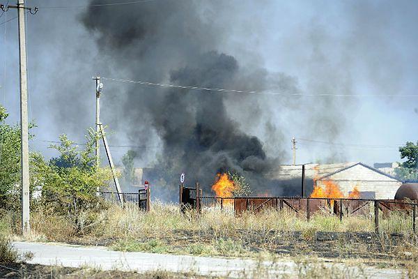 Zniszczenia po walkach w Nowoazowsku