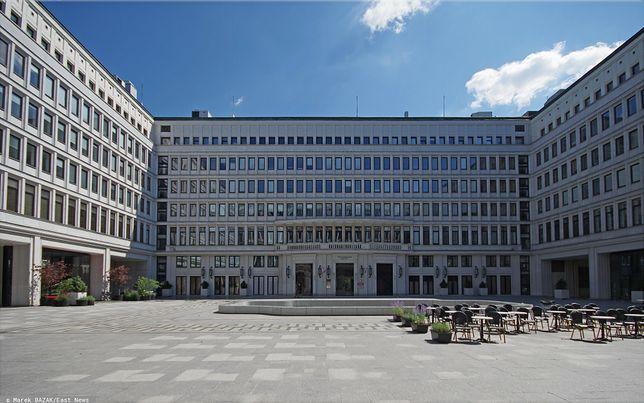 """Centrum """"Nowy Świat"""" to również siedziba nieistniejącego ministerstwa"""
