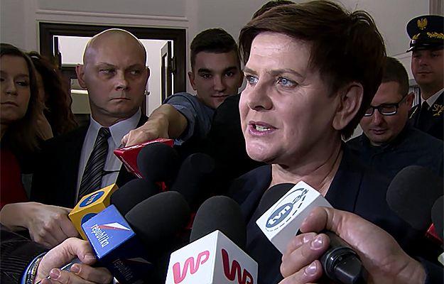 Premier Beata Szydło rozmawiała z prezydentem Francji: zgodziliśmy się, że trzeba uspokoić sytuację