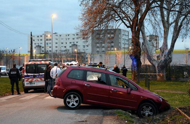 Francja: mężczyzna, który zaatakował żołnierzy, nie miał powiązań z organizacjami terrorystycznymi