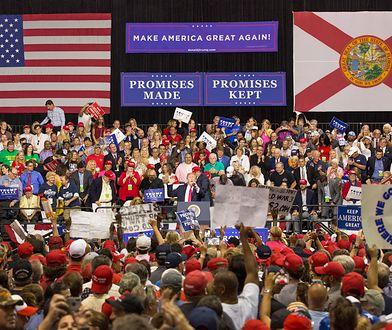 Wiec Trumpa w Tampie na Florydzie