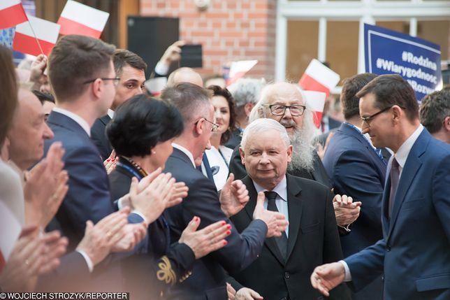 Wybory parlamentarne. PiS rusza z ofensywą. Jarosław Kaczyński przygotowuje listy wyborcze.
