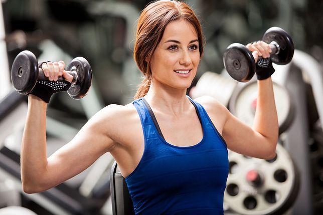 Mięśnie przedramion wykonują pracę przy ćwiczeniach z obciążeniem.