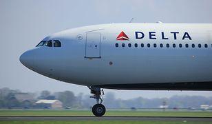 Przewoźnik Delta Air Lines po krytyce ze strony pasażerów, wycofał niefortunne serwetki