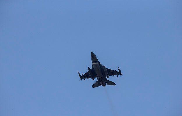 Tureckie lotnictwo kontynuuje naloty na cele kurdyjskich bojowników z PKK