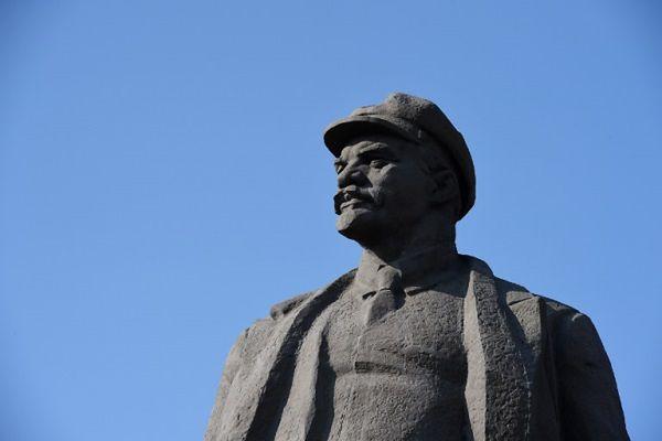 Pomnik Włodzimierza Lenina w Doniecku