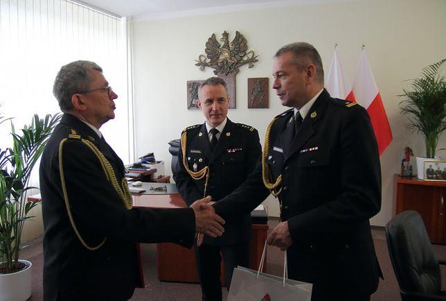 St. bryg. Paweł Frątczak po 37 latach odchodzi ze służby. Był rzecznik prasowym KG PSP.