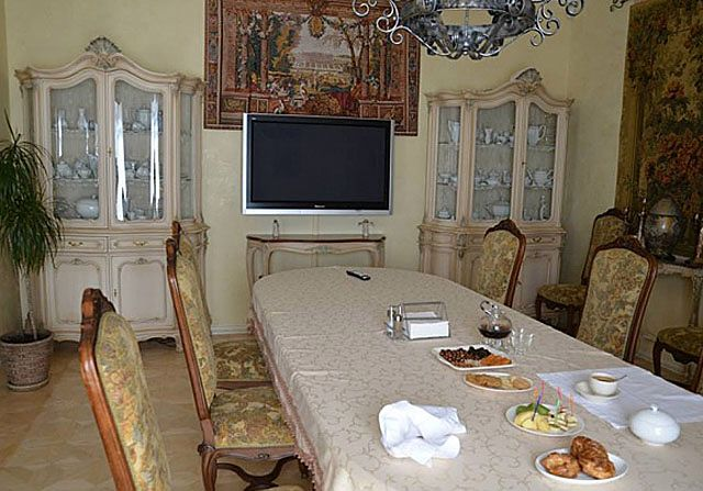 """""""Drogo i gustownie"""". Tak wygląda rezydencja Julii Tymoszenko"""
