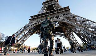 Francja w panice: ewakuacja z wieży Eiffla, odwołane wielkie imprezy