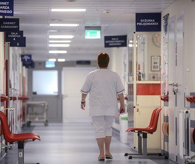 Bakterie łatwo przenoszą się między ludźmi, zwłaszcza w warunkach szpitalnych, gdzie odnotowywana jest większości zakażeń