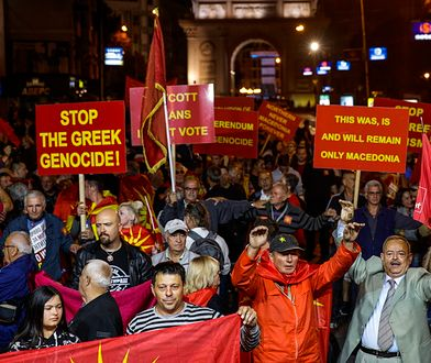 Nacjonaliści protestowali przeciwko zmianie nazwy kraju.